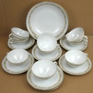 Sheffield Fine China Japan Imperial Gold 504